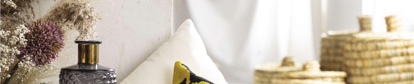 Décoration murale : horloge murale, porte-manteau, cadre photo |Yesdeko